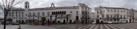 An der Praca de Republica – dem schönsten Platz in Elvas