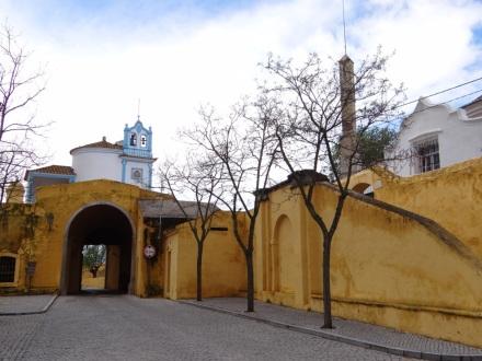 An der Stadtmauer – die Senora de la Concepcion