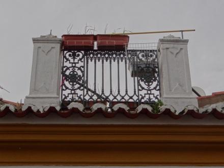 Liebe zum Detail – hier das Geländer einer kleinen Dachterrasse
