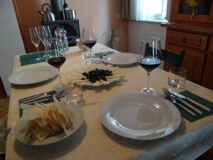 extra bestellter spanischer Rotwein - NATÜRLICH zuvor vor Ort degustiert (in Vilafranca und in Zamora)