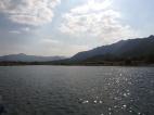 Schöne Landschaften und tolles Wetter (saubere Luft!) bei Tonglu.