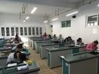 Bei der schriftlichen DSD II - Prüfung in Taiyuan. Die Schüler beider Schulen schreiben gemeinsam, da ich mich ja nicht teilen kann ;)
