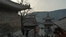Tempelanlage bei den Longmen-Grotten