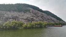 Longmen-Grotten bei Luoyang.